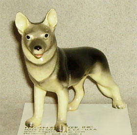Hagen Renaker Miniature, German Shepherd