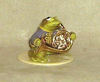 Hagen Renaker Miniature, Toadally French Horn Player